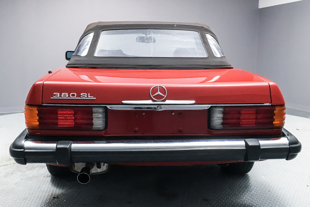 Pre-Owned 1984 Mercedes-Benz SL-Class